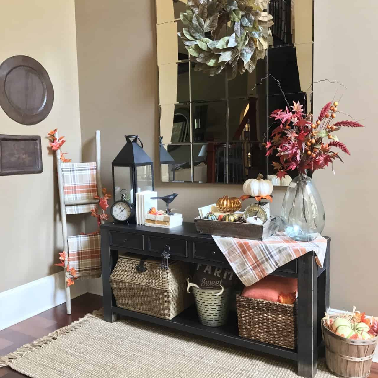 Thanksgiving Day Hosting and Decorating Ideas