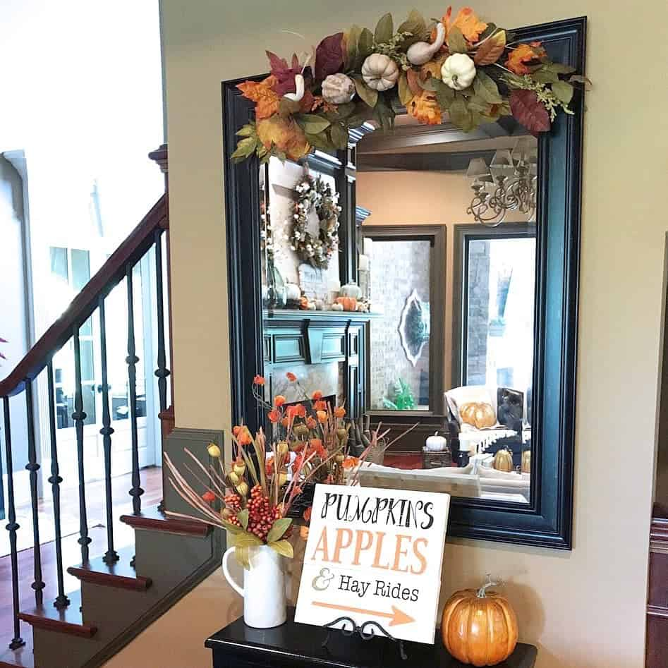 Fall Home Tour: Autumn in the Foyer and Living Room