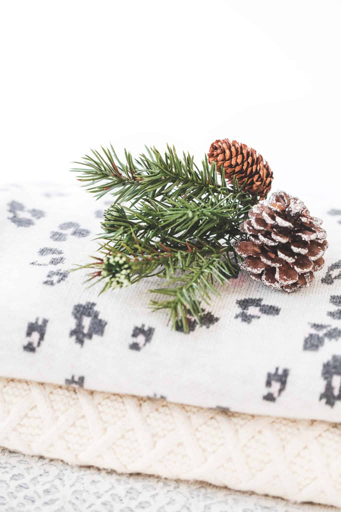 Holiday and Christmas Decorating Ideas on a Tight Budget