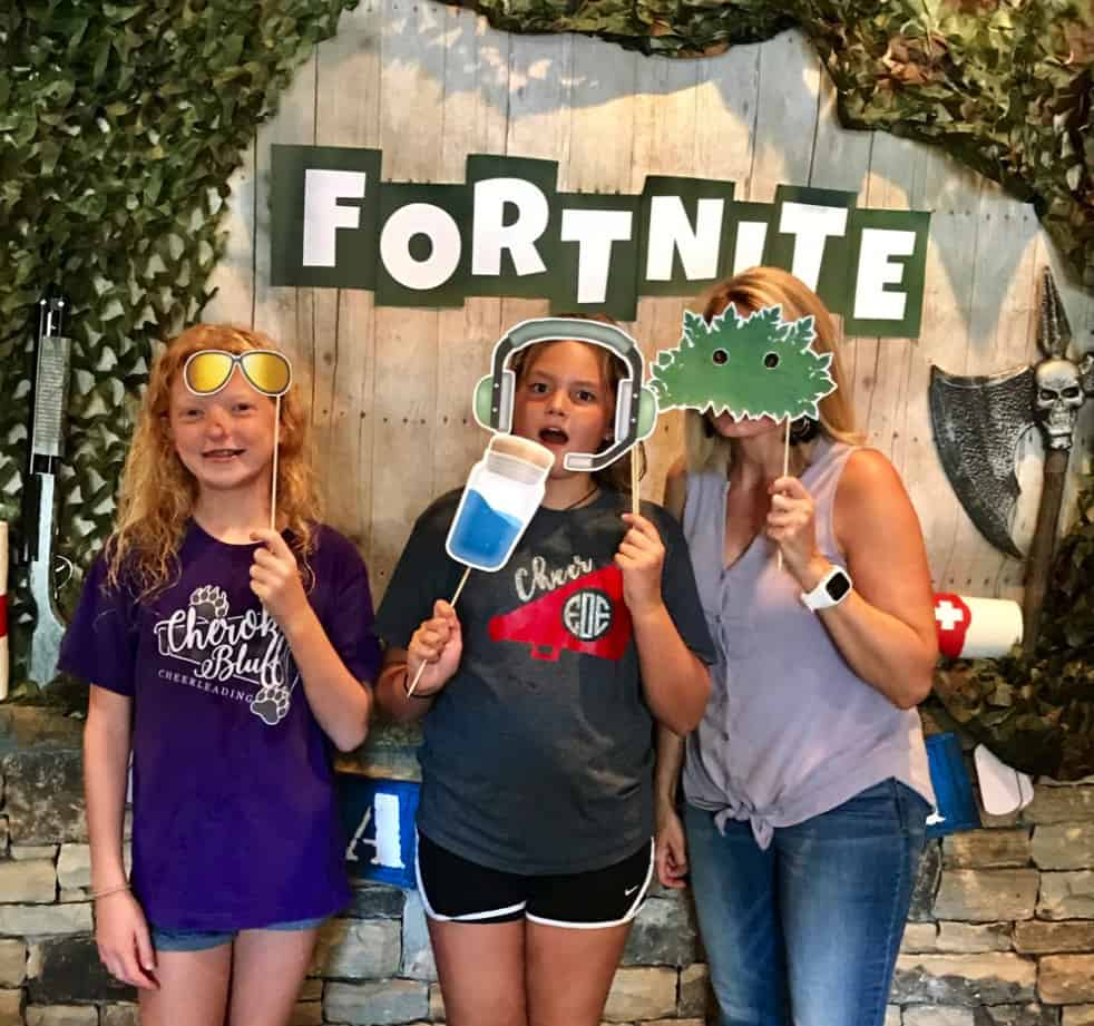 Fortnite party printables and photo booth props.