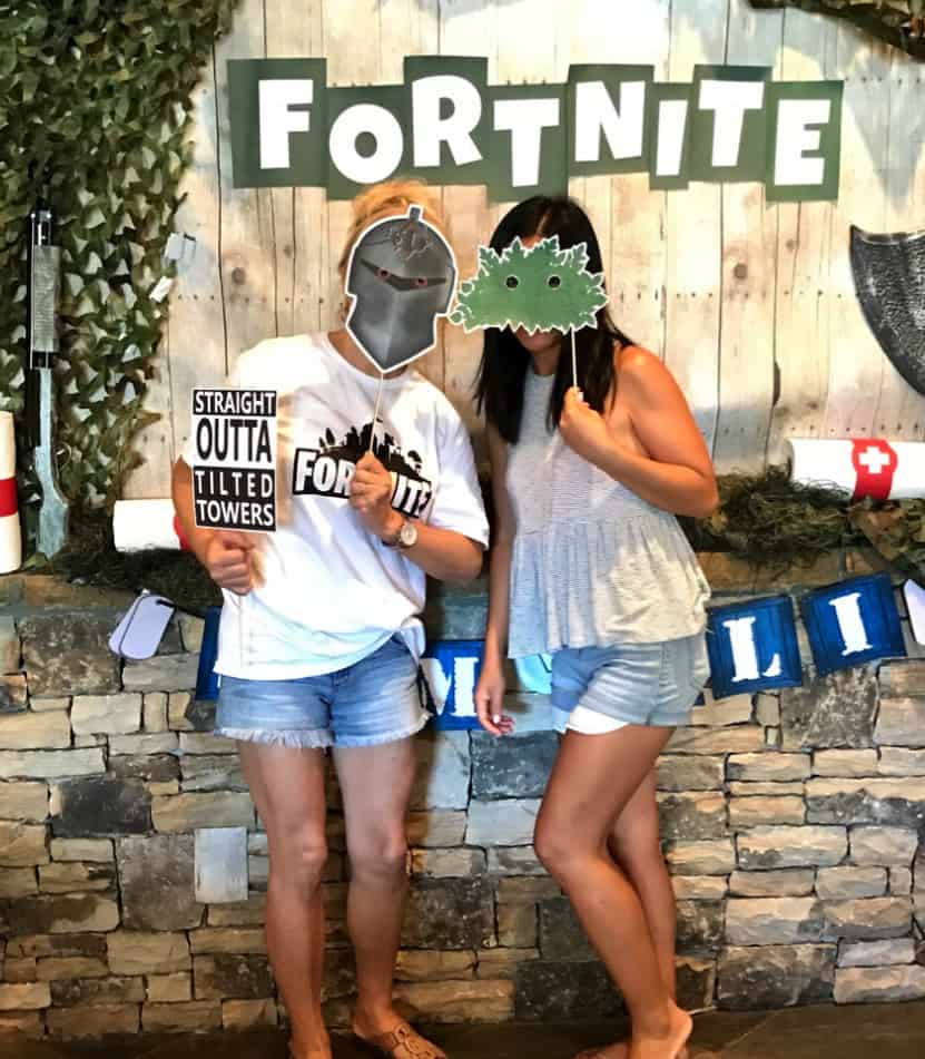 Fortnite Video Game party favors.